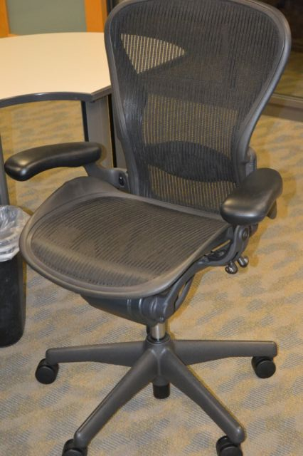 Used HM Aeron Cubicle Office Chairs Available from TriStarSurplus.com